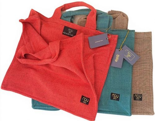 canvas shopper bags in red, green and caramel colour