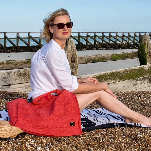 Eco-friendly, large reusable shopper in red.
