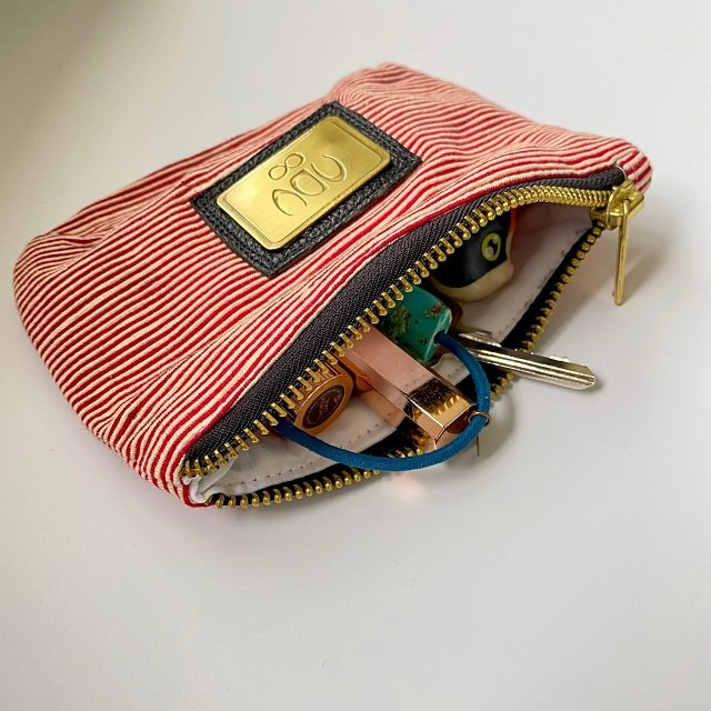red cotton coin purse - washbag with keys, lip balm